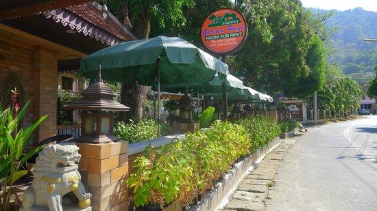 Garden Home Kata: Hotel's Exterior