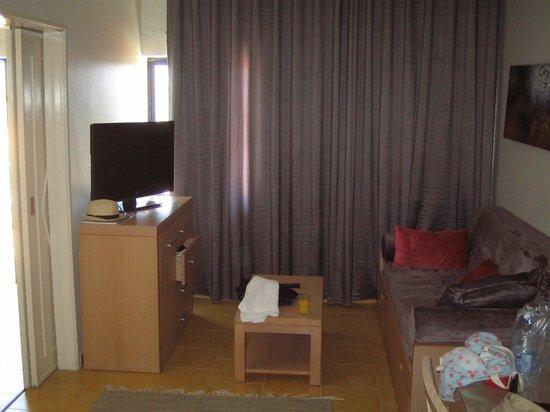 Santa Eulalia Hotel Apartamento & Spa : room area