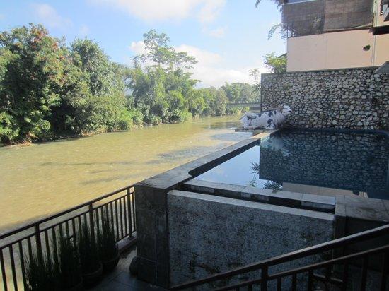 Luta Resort Toraja: zicht op het zwembad