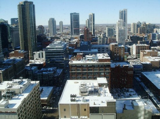 State and Grand by BridgeStreet Worldwide : Winter in Chicago
