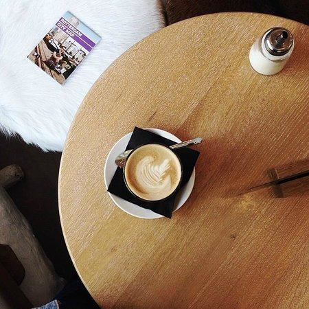 King Kong Hostel: Morning coffee art made by her barista, Nora & Arthur.