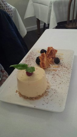 Willowgate Bistro: Toffee cheesecake
