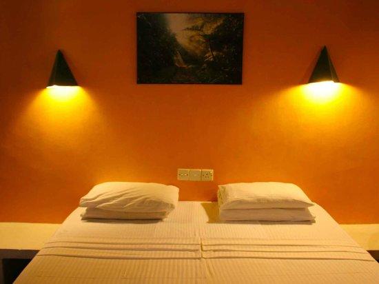 River Garden Resort & Camp Site : Room Interior