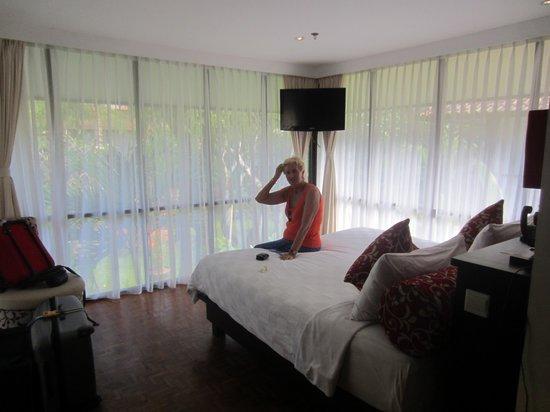 Segara Village Hotel: zicht op de kamer langs binnen