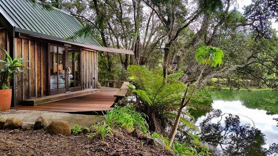 Magic Cottages at Takou River: cottage from outside