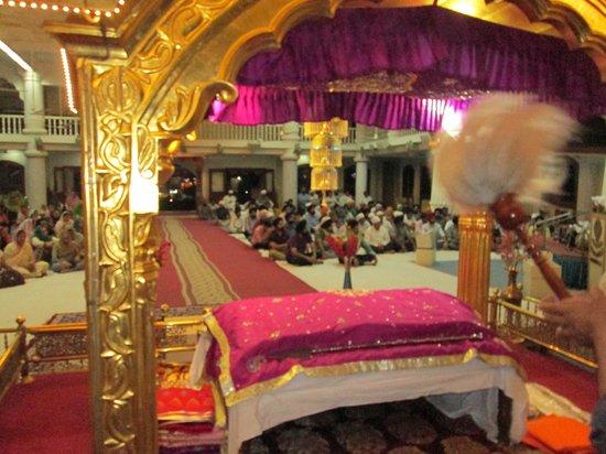Gurudwara Gobind Dham : Inside Govindham Ahmedabad