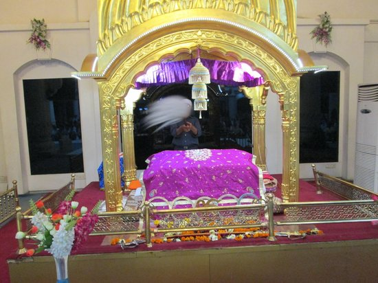 Gurudwara Gobind Dham : Inside Guru Govindham Ahmedabad