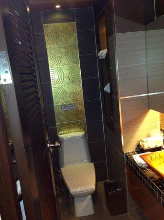 Chalelarn Hotel Hua Hin: Nice bathroom