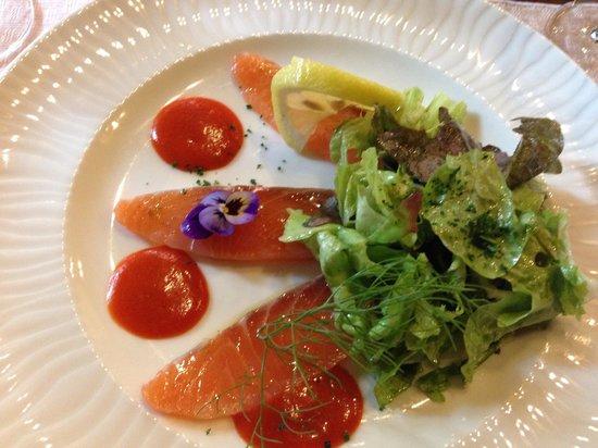 Auberge La Beursaudiere : Rosace de saumon