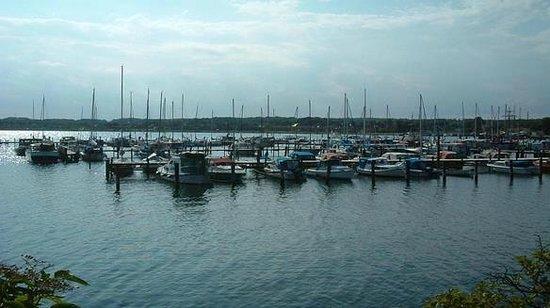 Marina Fiskenaes Lystbaadehavn