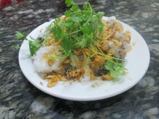 Hanoi Urban Adventures: Banh Cuon