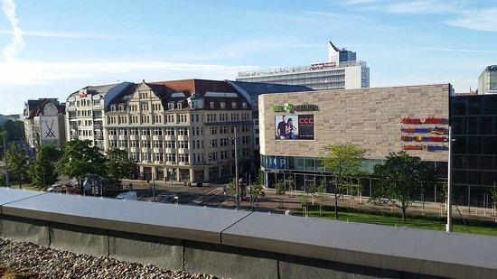 IntercityHotel Leipzig: Blick aus unserem Zimmer