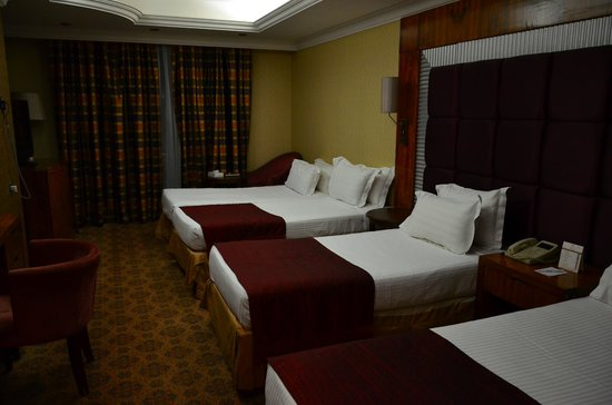 Royal Dyar Hotel: 4 bed