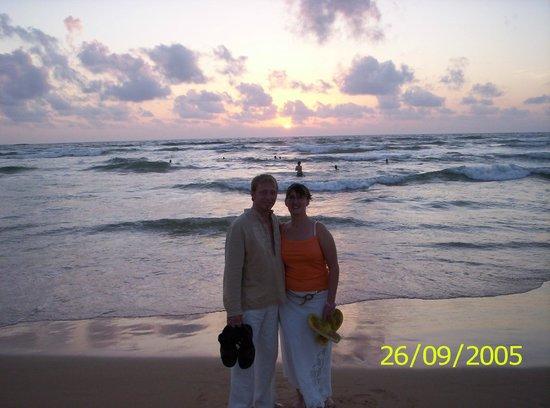 Bentota Beach by Cinnamon : Sri Lankan sunset
