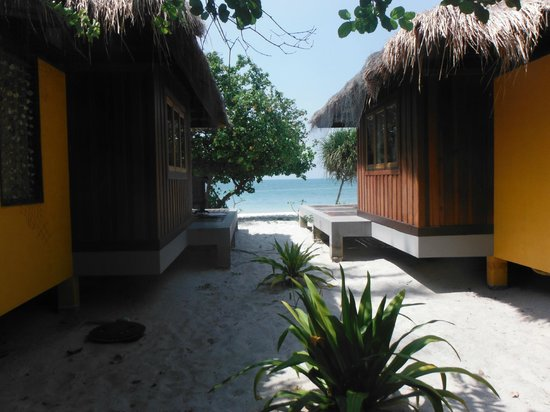 Koh Mook Sivalai Beach Resort : Ausblick Bungalow 2. Reihe