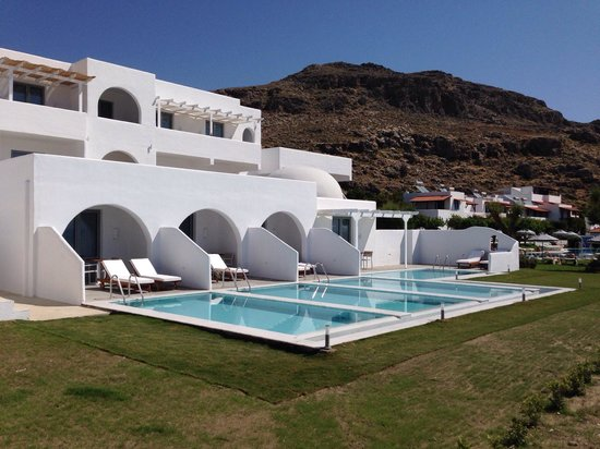 Lindos Sun Hotel: Rooms with private pools.