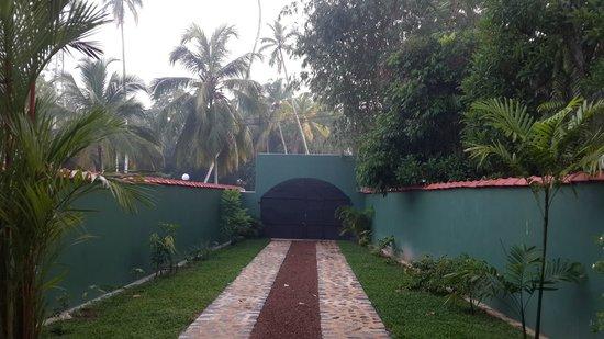 Namo Villa: ENTRANCE OF THE VILLA