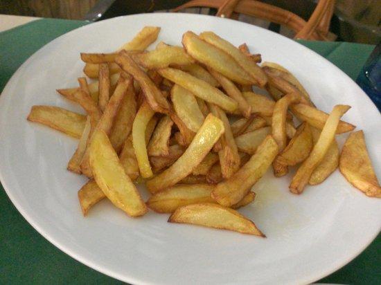Parrilla 12: 5 € por un plato de patatas fritas?!?!?