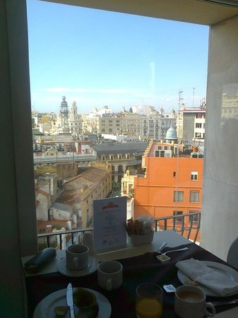Ayre Hotel Astoria Palace: View from breakfast room