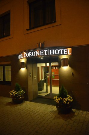 Hotel Coronet : Hotel front