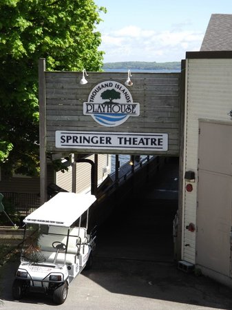 The Gananoque Inn and Spa : Nearby Theater