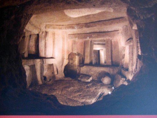 Hypogée de Ħal Saflieni : picture taken from the poster