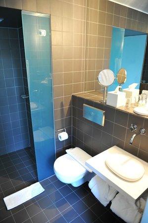 Hotel Skeppsholmen: The bathroom