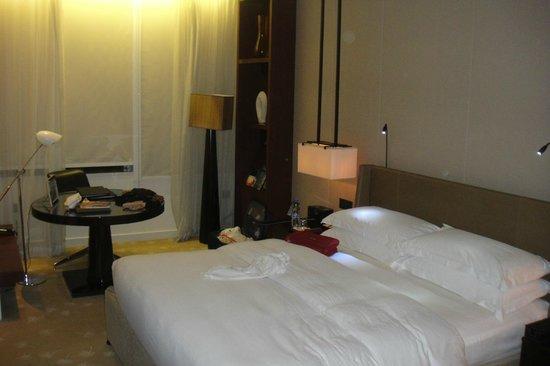 InterContinental Dubai Festival City: Zimmer