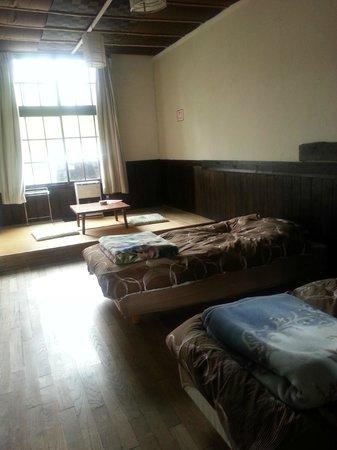 Bouken Kazoku: room 1