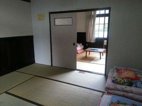Bouken Kazoku: room 3
