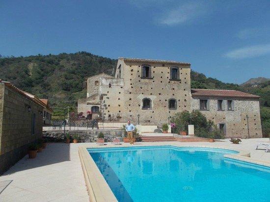 Il Borgo: Superb pool area