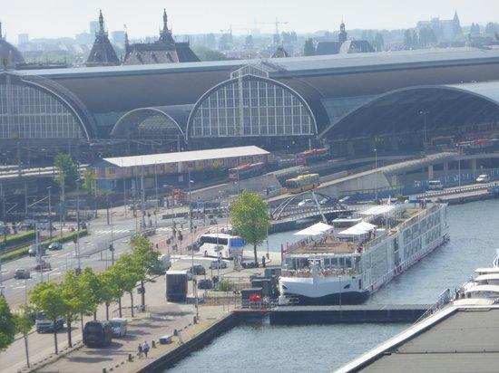 Mövenpick Hotel Amsterdam City Center: vue depuis la chambre