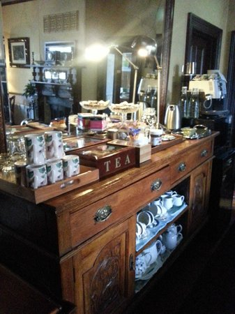 Kurrara Historic Guest House: Choice of teas is probably more than any cafe in Katoomba/Leura