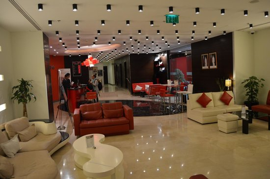 Ramada Encore Doha: The lobby