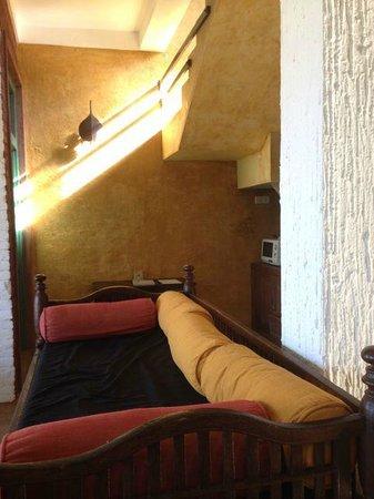 Villa Balapitiya Beach: living room