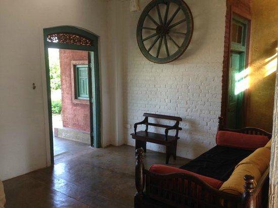 Villa Balapitiya Beach: doorway to the garden and beach