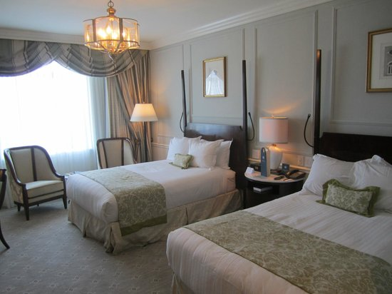 Belmond Charleston Place : Renovated bedroom