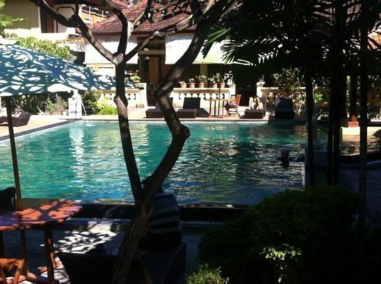 Bakungs Beach Hotel : new pool facility