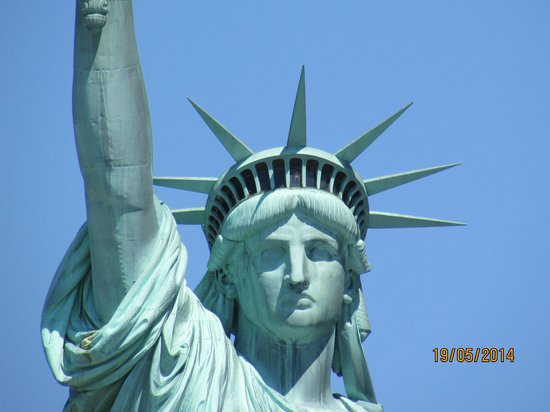 Statue Cruises: Up close to the Statue of Liberty