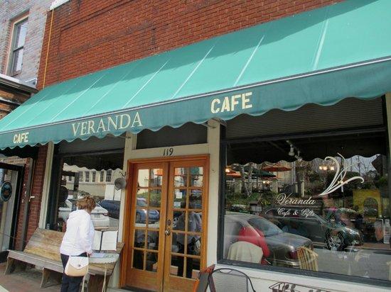 Veranda Cafe & Gifts: Exterior View
