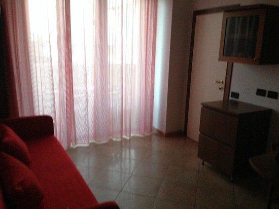 soggiorno residence - Picture of Hotel Parioli, Rimini - TripAdvisor
