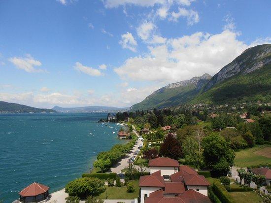 Le Palace de Menthon : Lake Annecy