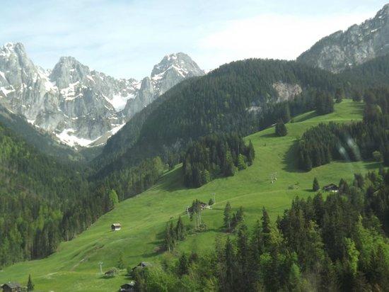 GoldenPass Line : A view from the Golden Pass railway line