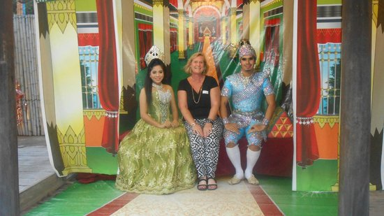 Siam Niramit Phuket: photo ops - no cameras allowed in the show
