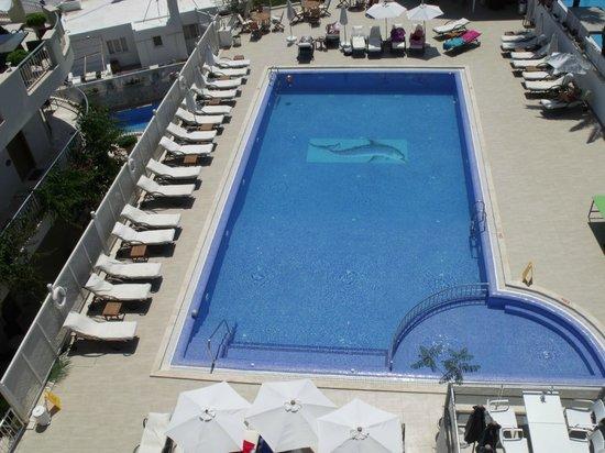 Dream Hotel: pool area