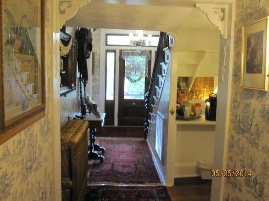 A. C. Stickley Bed and Breakfast: Foyer