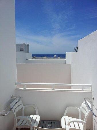 Hotel Riu La Mola: vista dal terrazzino del bungalow