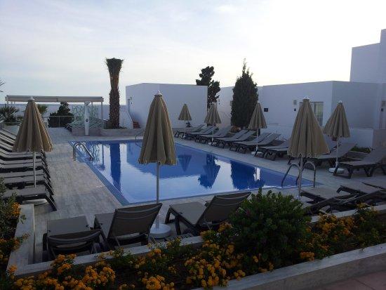 Hotel Riu La Mola: la piscina interna