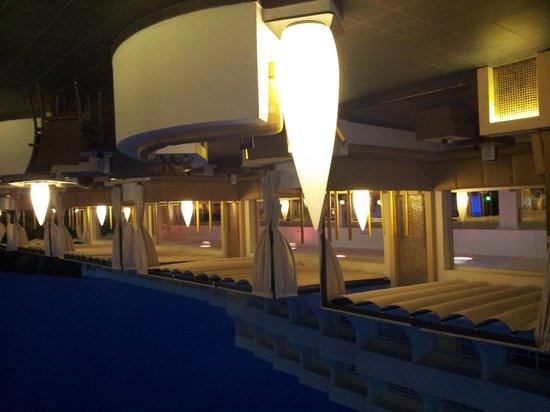 Hotel Riu La Mola: il bar alla sera