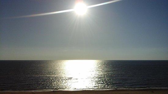 Residence Inn Virginia Beach Oceanfront : morning view from balcony